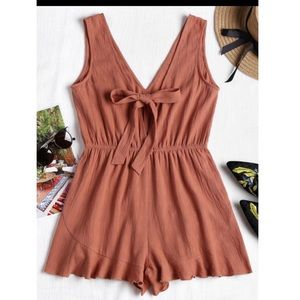 Plunging Neck Tied Bowknot Romper